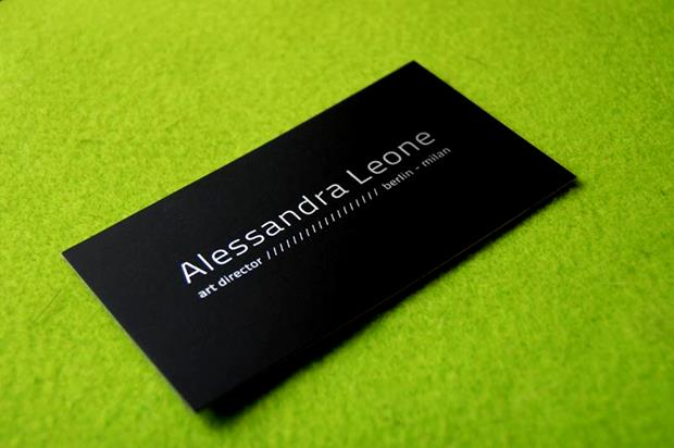 A Roundup of Some Beautifully-Designed Dark Business Cards
